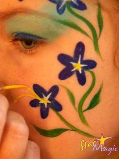 bloemen schminken                                                                                                                                                                                 Mais