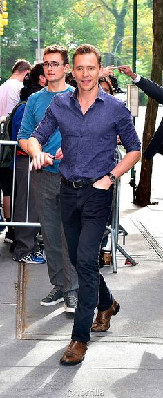 Tom Hiddleston at the NBC Rockefeller Center Studios for the 'Today Show' taping on October 2015 in New York City. Look at those legs, they fo on for days! Tom Hiddleston Loki, Thomas William Hiddleston, Mel Gibson, Chris Evans, Lorde, Sebastin Stan, Toms, My Tom, Raining Men