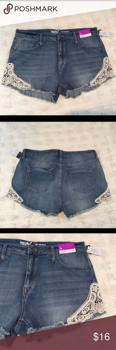 HIGH RISE SHORTS NWT These high rise shorts are a cute light denim with crochet detailing on the bottom. All pockets are functional and the shorts have no defects. The material has super stretch for extra comfort! Price may be negotiated. Perfect for a christmas gift 🎁 Please comment with any questions and happy poshing! 😃 Mossimo Supply Co Shorts Jean Shorts