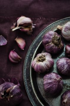 Garlic | At Down Under - Beautiful purples with cream/silver-gray. Very soft and deep at the same time.