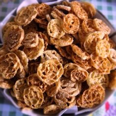 Cartellate #Italian #Christmas ----MY ABSOLUTE FAVORITE!!!! I must learn how to make them from my mom/aunts