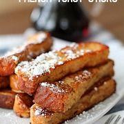 Homemade Kneaders Chunky Cinnamon French Toast & Caramel Syrup - Six Sisters Stuff