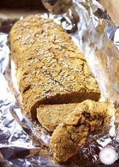 Rezept für ein leckeres veganes Cornbread mit Kartoffeln. Das Maisbrot ist außerdem allergiefreundlich: glutenfrei, lactosefrei, hefefrei und eifrei.