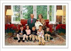 Felicitación navideña 2005: Reyes y nietos (pero es un montaje de la Casa Real)