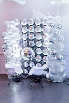 Disco Wedding Inspiration with a Mustang disco ball and balloon photo booth wedding reception Disco Theme Parties, Disco Party Decorations, Disco Birthday Party, 70s Party, Balloon Decorations, Party Themes, Wedding Decorations, Ideas Party, Fiesta Decorations
