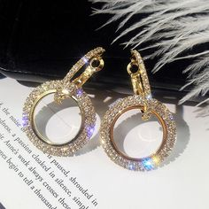 New design creative jewelry high-grade elegant crystal earrings round Gold and silver earrings wedding party earrings for woman Diamond Hoop Earrings, Rhinestone Earrings, Round Earrings, Bridal Earrings, Crystal Earrings, Women's Earrings, Silver Earrings, Silver Ring, Statement Earrings