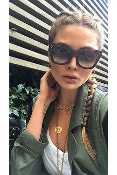 Fall women fashion | Military green jacket & Cèline Cathrine sunglasses. Pic: melisaycadegirmencioglu http://www.visiondirect.com.au/designer-sunglasses/Celine/Celine-CL-41090/S-Cathrine-AEA/Z3-270854.html