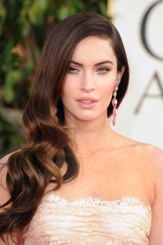 There's just no debating how great Megan Fox's curls are, Golden Globes 2013