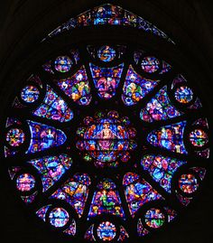 The rose window from the south transept of Notre Dame Cathedral, Reims, France Stained Glass Church, Stained Glass Angel, Stained Glass Windows, Hereford Cathedral, Haute Marne, Cathedral Architecture, Gothic Architecture, Classical Architecture, Rose Window