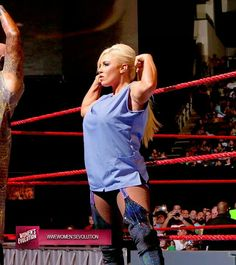 Dana Brooke team up with Karl Anderson & Luke Gallow Dana Brooke, Wrestling, Lucha Libre