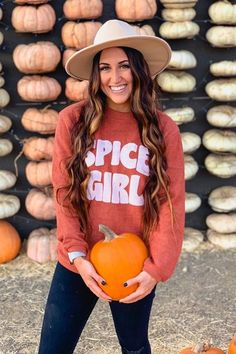 The Pink Lily boutique fall top. Spice girls fall sweater. Fall pumpkin patch outfit ideas for 2020. Long curly hair with fall brim hat. Pumpkin patch photo ideas. Cute fall fashion outfit ideas. Tiffany Voss Blog #pumpkinpatchoutfit #falloutfits2020 Cute Fall Fashion, Cozy Fashion, Fall Fashion Outfits, Autumn Fashion, Winter Sweater Outfits, Fall Sweaters, Fall Winter Outfits, Winter Clothes, Fall Outfits For Work