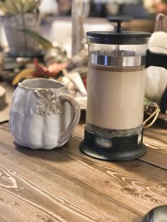 Coffee Press With Frother Coffee Press For Espresso French Press Tea, French Press Coffee Maker, How To Make A Latte, Coffee Recipes, Tea Recipes, Yummy Recipes, Latte Recipe, Tea Latte, Coffee And Books