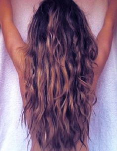 i desperately want my hair to be this long!