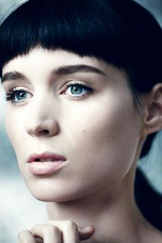 Rooney Mara, her performance was incredible in how she completely transformed to the girl with the dragon tattoo.