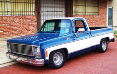 lowered shortbeds on stock wheels? - Page 7 - The 1947 - Present Chevrolet & GMC Truck Message Board Network Silverado Truck, Chevy Pickup Trucks, Chevy C10, Chevy Pickups, Bagged Trucks, Lowered Trucks, C10 Trucks, Pick Up, Classic Pickup Trucks