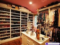 my dream closet ;)