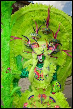 Sights New Orleans: Love the vibrant green of this Indian costume for a Mardi Gras parade!