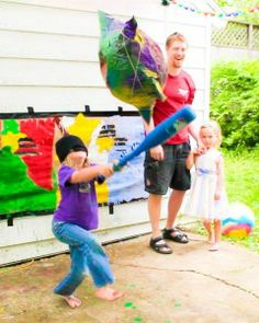 How-to: Make a Fabulous Piñata with Upcycled Newspapers and Natural Glue