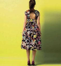 10cc5e227f7 46 bästa bilderna på kläder | Wedding ideas, 1950s style wedding ...