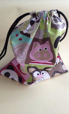Bolsas de tela para la merienda de los peques, para llevar una muda o para mil ideas que se nos pueda ocurrir #bags #fabricbags #hechoamano #handmade #kids #baby #suthings en www.suthings.com