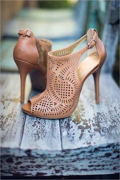Jessica Simpson wedding shoes #weddingshoes @weddingchicks