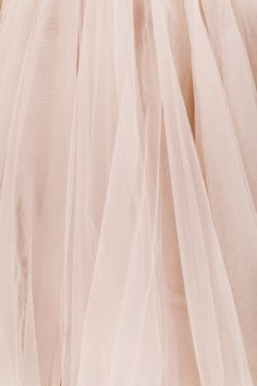 I just need all of the tulle in this color! I just ordered a nude pink tulle skirt to wear to my sister's wedding! My first tutu, finally! I am going to wear it with nude pumps and clutch and a white lace top. I'm so excited! Princess Aesthetic, Pink Aesthetic, Aesthetic Vintage, Rose Bonbon, Estilo Grunge, Goddess Of Love, Pink Tulle, Pink Lace, Tulle Fabric