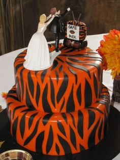 bengals cake this will not be my wedding cake but i do think its fitting that
