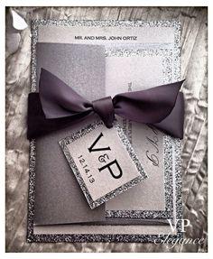 Silberne Hochzeitseinladungen, Silber Glitter Hochzeitseinladungen, Hochzeit Einladung  Um alle besuchen unsere Produkte Sie bitte www.vpelegance.com