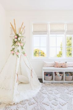 Photography : Alyssa Rosenheck Photography Read More on SMP: http://www.stylemepretty.com/living/2016/07/29/10-tips-for-child-proofing-your-home-without-sacrificing-style/