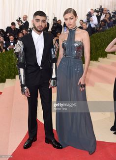 Zayn Malik and Gigi Hadid arrive for the 'Manus x Machina: Fashion In An Age Of Technology' Costume Institute Gala at Metropolitan Museum of Art on May 2, 2016 in New York City.
