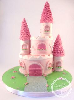 Princess castle cake Using Lesley's tutorial from Royal Bakery :)