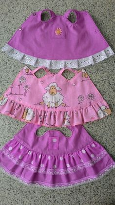 Первые куклы | VK Sewing Doll Clothes, Baby Doll Clothes, Sewing Dolls, Barbie Clothes, Doll Dress Patterns, Clothing Patterns, Dresses Kids Girl, Kids Outfits, Baby Sewing Projects