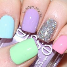 Very pretty/cute sumole pastel nails ♥