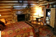 Rustic Log Cabin Decorating Ideas | privacy policy log cabin antler and old hickory chandeliers cabin ...