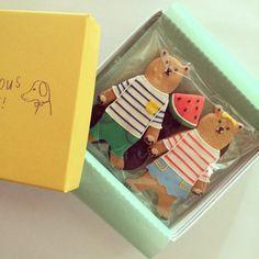 """33 Me gusta, 6 comentarios - Koyomi Aihara (@koyomi_a) en Instagram: """"BOX入りのペアルックマ、おしゃれキャッツ、ウサギ3セットもあります!どうぞよろしくお願い致します。"""""""