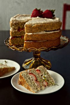 poppy seed cake with mascarpone frosting and strawberries