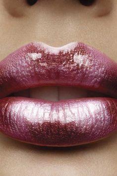 Metallic pink lips