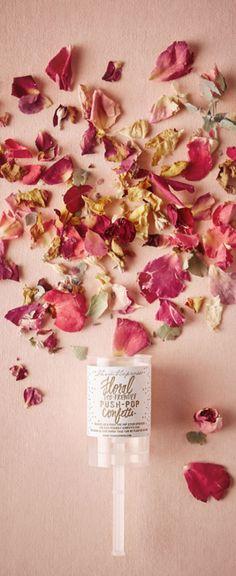 Floral eco-friendy push-pop confetti