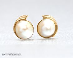Vintage Gold Mabe Pearl Stud Earrings   Antique Pearl Earrings   Antique Jewelry   Antique Jewellery   Vintage Earring   Mabe Pearl Studs Antique Items, Vintage Items, Antique Earrings, Antique Jewelry, Vintage Jewelry, White Gold Wedding Bands, Wedding Ring Bands, Selling Antiques