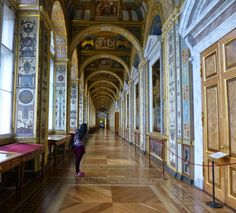 Connecting palace hallway, Saint Petersburg