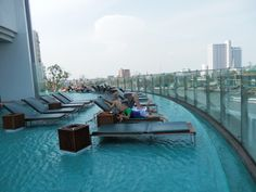 Amazing pool area at the Millennium Hilton, Bangkok
