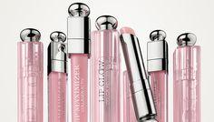 DIOR ADDICT LIP GLOW  Dior Addict Lip Glow é o must-have da Dior Backstage. É um bálsamo que embeleza e aumenta a cor natural dos lábios.  http://nataliacatrufo.com/dior-addict-lip-glow/