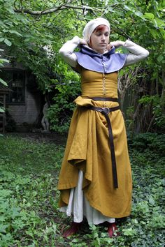 15th century dress by ~halloumi on deviantART