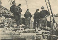 """crew """"bomschuit"""" Noordwijk 1900"""