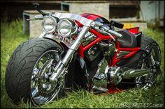'09 Harley-Davidson VRSCAW Supercharged | Fredy.ee #harleydavidsonstreet750