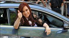 Cristina Fernandez de Kirchner Cristina Fernandez, Clint Eastwood, New Years Eve Party, Popular, Hair Styles, Llamas, Women, Presidents, Walking Gear