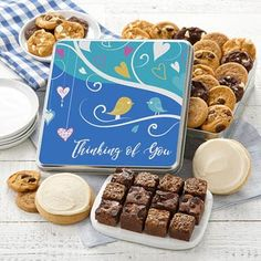 All Occasion Gift Baskets - Mrs. Fields Thinking of You Cookie Gift Box Gourmet Cookies, Mini Cookies, Yummy Cookies, Holiday Cookies, Chocolate Chip Cookies, Cookie Gift Baskets, Holiday Gift Baskets, Cookie Gifts, Sympathy Gift Baskets