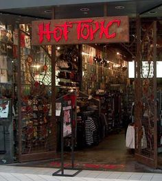2 Cute Clothing Store Ocean County Mall Fashion Hot Topic Stores