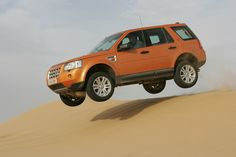 Celebrating the Land Rover Discovery - picture special Freelander 2, Land Rover Freelander, Cars Land, Suv Cars, Off Roaders, Commercial Van, Super Images, Four Wheel Drive, Car Photos