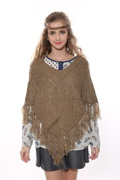 Vintage V-neck Tan Poncho. Free 3-7 days expedited shipping to U.S. Free first class word wide shipping. Customer service: help@moooh.net